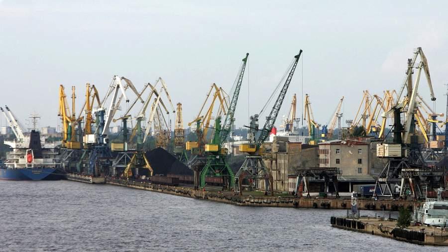 рига порт латвия море