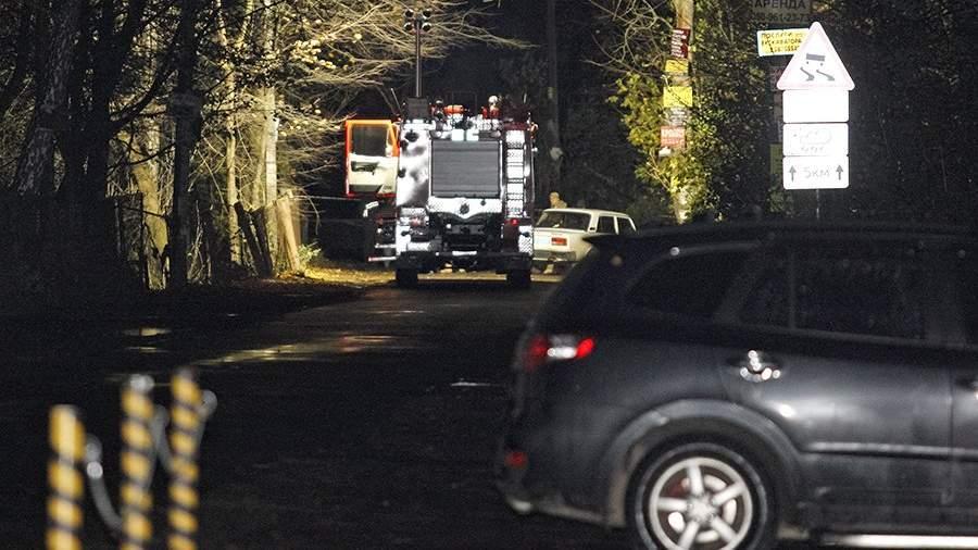 Автомобили оперативных служб Украины на месте убийства Амины Окуевой