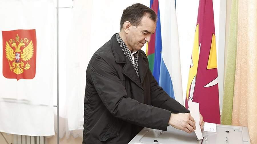 Губернатор Краснодарского края Вениамин Кондратьев во время голосования на выборах президента РФ