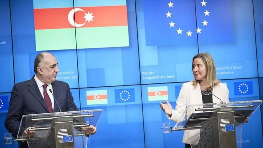 Министр иностранных дел Азербайджана Эльмар Мамедъяров и глава дипломатии ЕС Федерика Могерини на 16-ом заседании Совета по сотрудничеству между Европейским Союзом и Азербайджаном. Брюссель, 4 апреля 2019 года