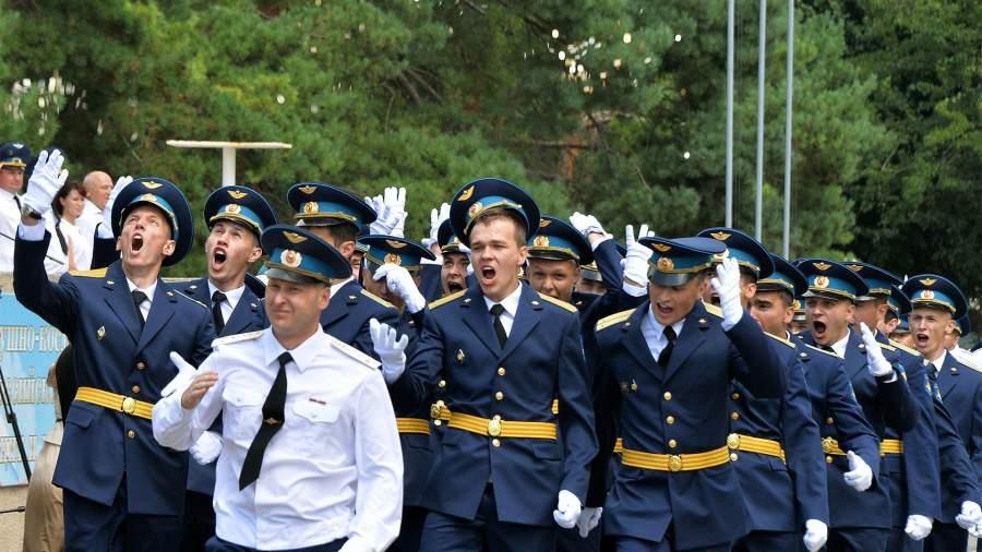 авиация летное училище выпускники