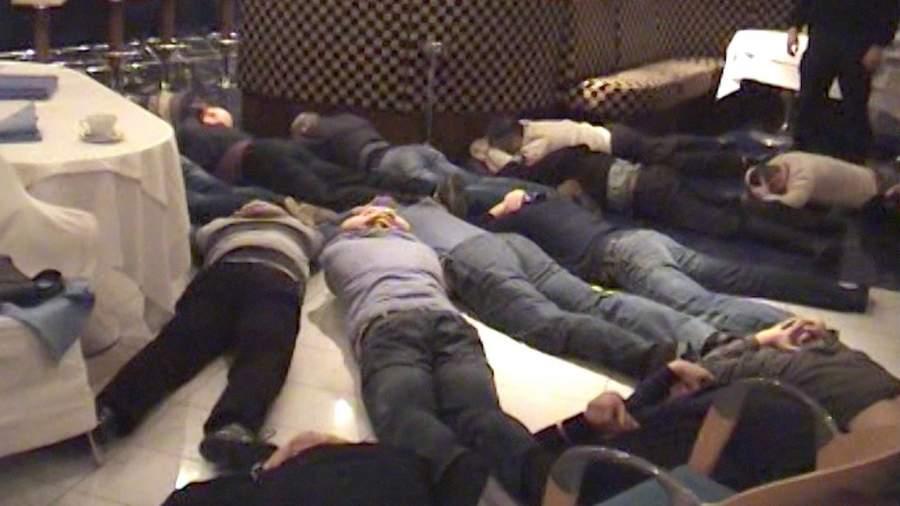 Задержанные во время сходки «воров в законе» в подмосковном поселке Николина Гора
