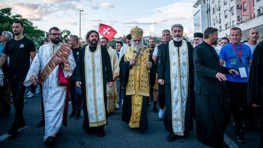 Священники принимают участие в акции протеста,Подгорица