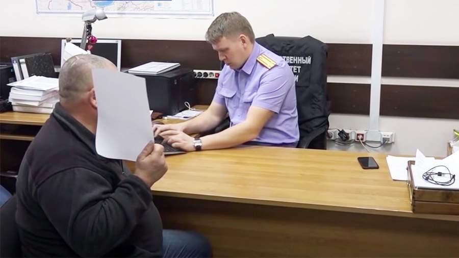 Павел Шувалов в отделении Следственного Комитета