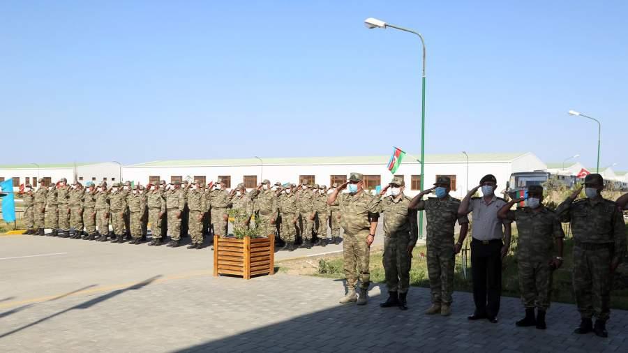На торжественной церемонии встречи Турецких военных, прибывших на учения в Азербайджан