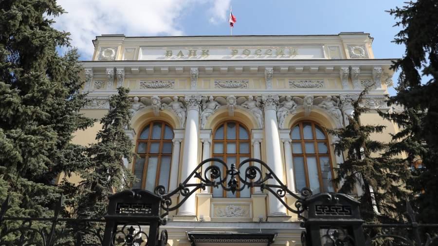 Пределы девальвации: как сильно может упасть рубль