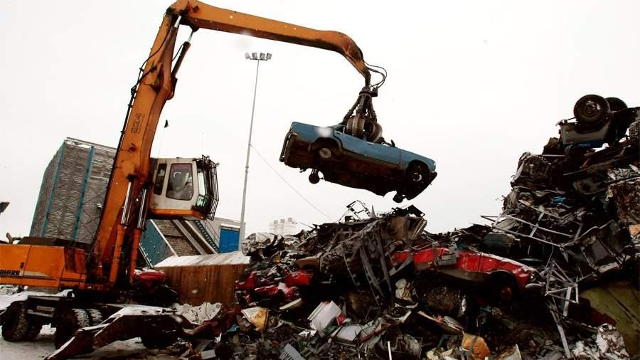 Железная хватка: как бороться с нелегальным сбором металлолома