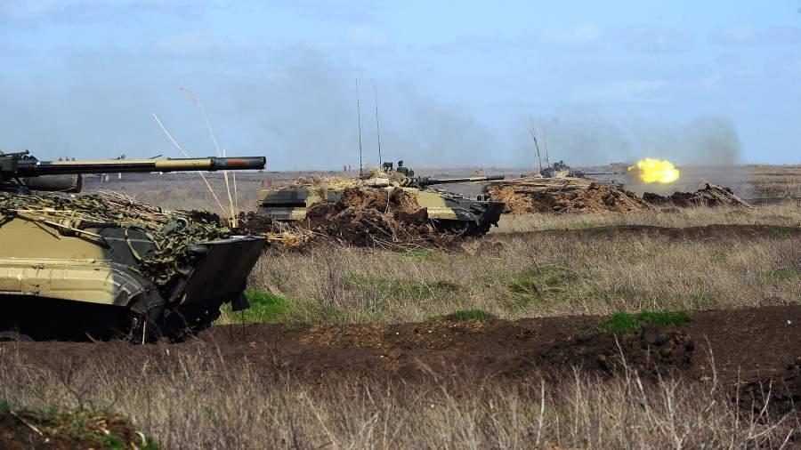 Высадка на броне: для чего морских пехотинцев вооружат БМП-3