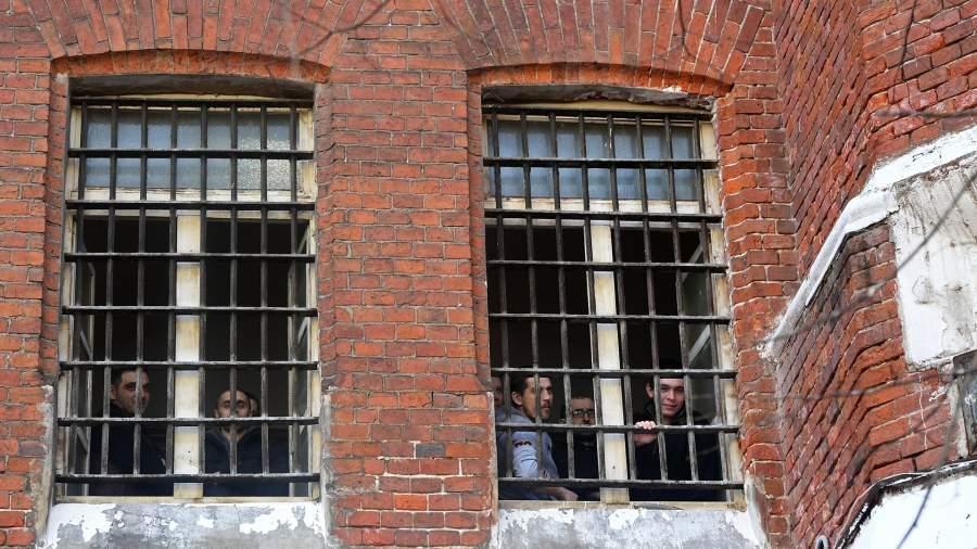 сизо заключенные решетка