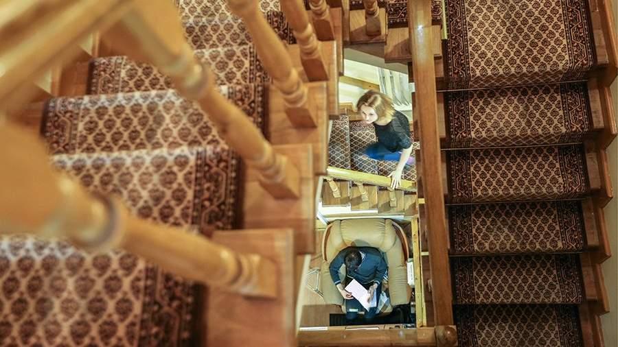 Лестница хостела