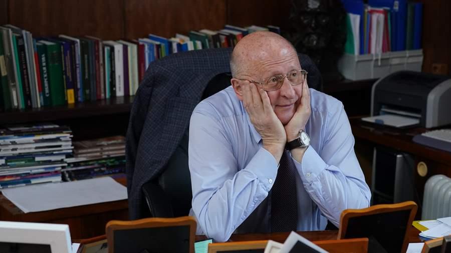 Директор Центра им. Гамалеи Александр Гинцбург