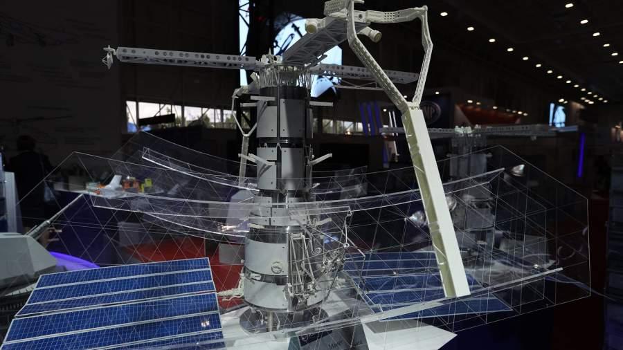 Макет космического аппарата «Пион-НКС»