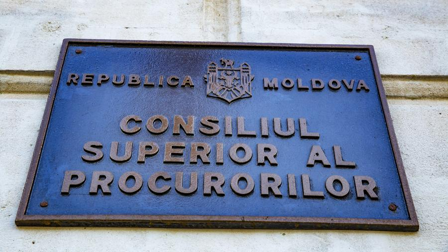Give only a timeline: why did they decide to dissolve parliament in Moldova?