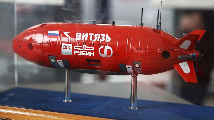 Макет автономного необитаемого подводного аппарата для сверхглубоководных погружений «Витязь» на тематической выставке «День инноваций Минобороны России» в военном технополисе «Эра» в Анапе