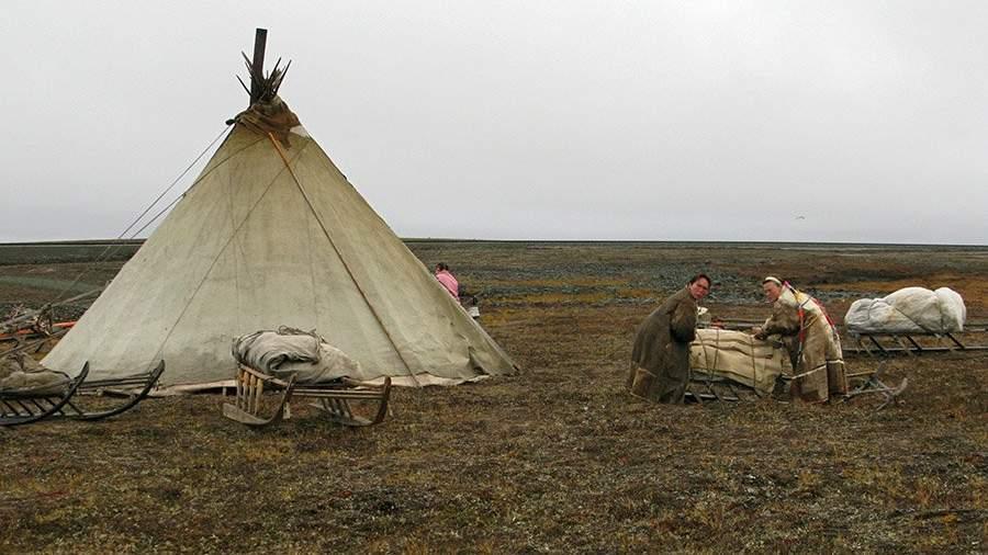 В стойбище ненецких оленеводов на полуострове Ямал