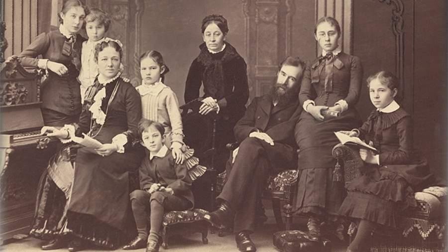 ПавелТретьяков в кругу семьи