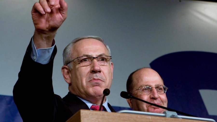 Глава израильской партии «Ликуд» Биньямин Нетаньяху (слева), 2009 год
