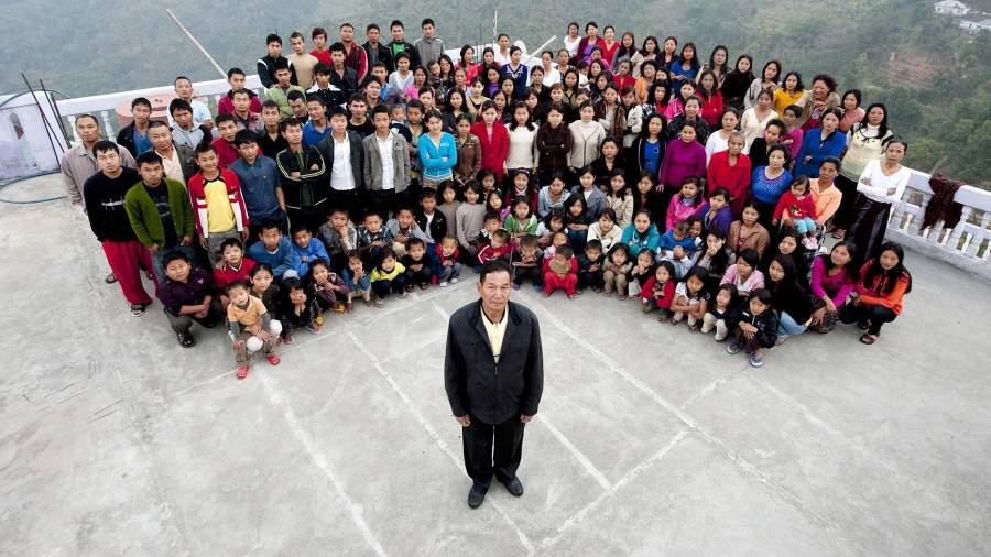 Семейная фотография семьи ЗионаЧана