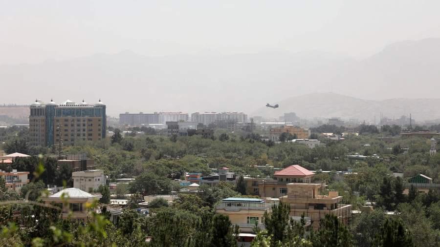Военнослужащие США прибывают в Кабул, Афганистан, для эвакуации сотрудников посольства 15 августа