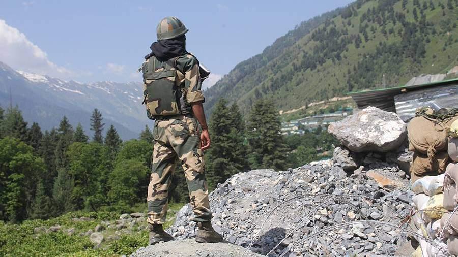 Индийский солдат на границе с Китаем в Ладакхе