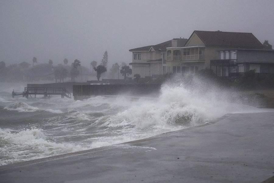 шторм харви фото этой