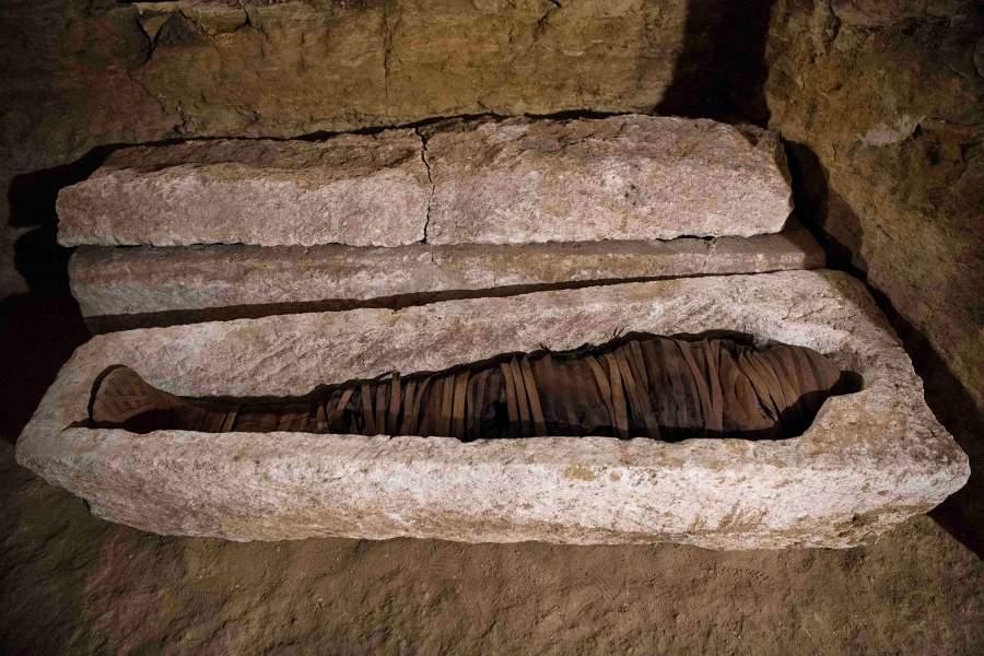 много саркофаг в египте фото асфальте рисунками