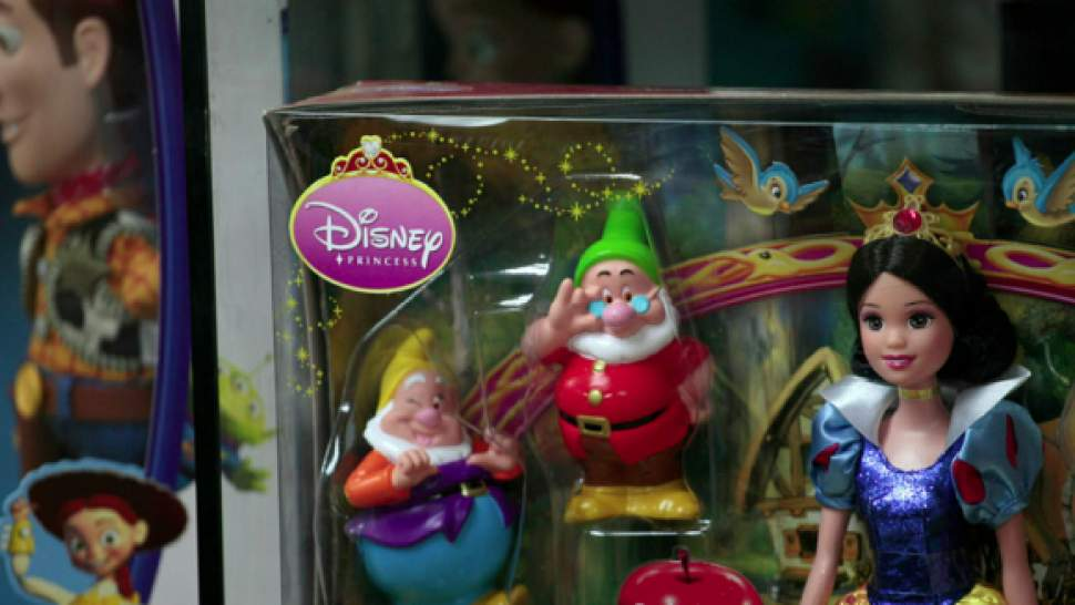 79e3eb0b5e9 Walt Disney откроет магазины игрушек и одежды в России